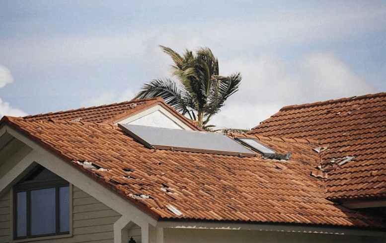 Homeowners Insurance Covers Roof Damage?